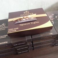 godiva gift box x 7