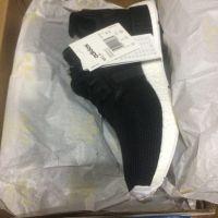 sneakers x 3 EUR359.85Origin: China