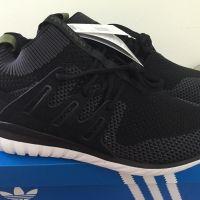 運動鞋 x 2 TWD3000Origin: 英國