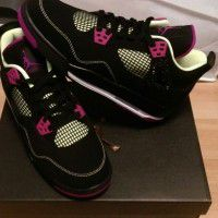 Shoes x 1 tee x 2