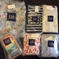 6 pieces of GAP baby clothing.